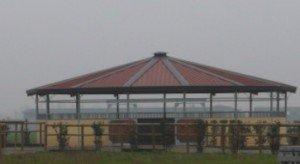 manege-circ-300x164 dans MANEGES Bois et Métalliques pour Chevaux